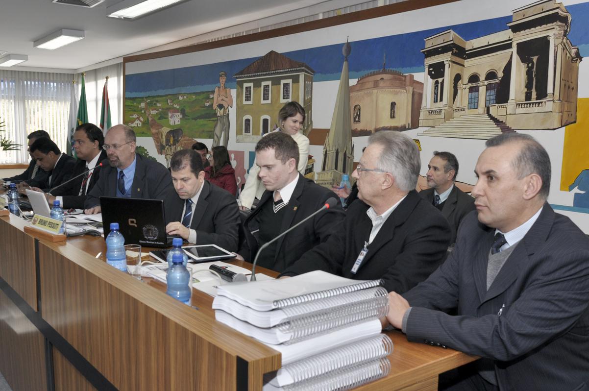 CPI cobra mais dados sobre prejuízo alegado pelo Setransp, de R$ 26 milhões
