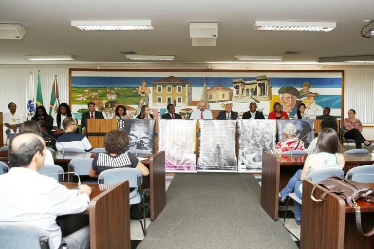 Audiência pública alerta ao racismo em Curitiba