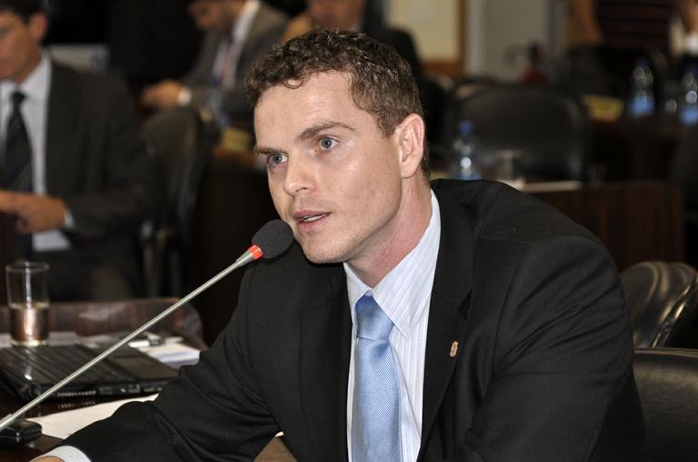 Bruno Pessuti apresenta prévia de relatório da CPI do Transporte Coletivo