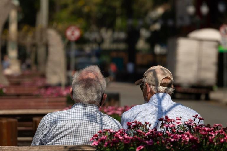 Cadastro para aproximar voluntários de asilos de idosos será votado na quarta