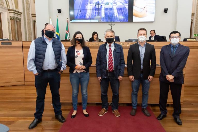 Câmara de Curitiba recebe vereadores eleitos para 18ª legislatura