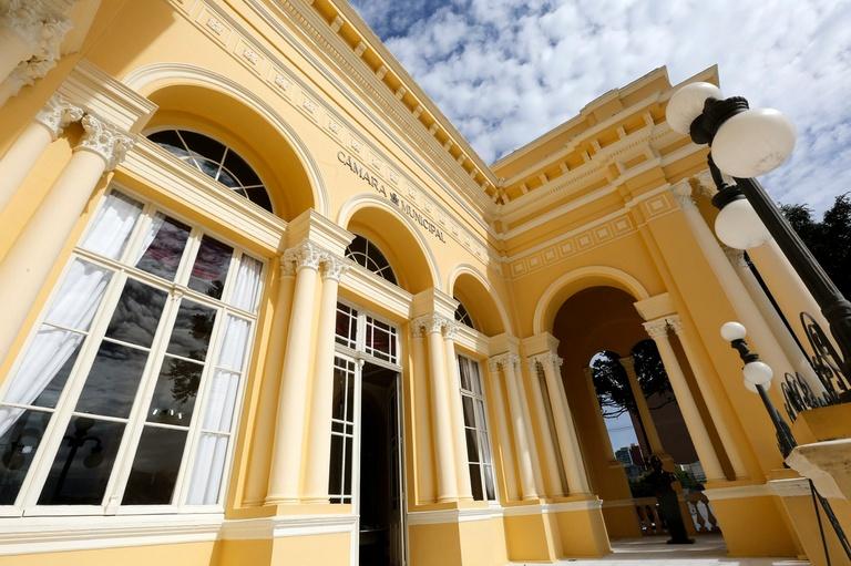 Câmara de Curitiba vai abrir sindicância para apurar caso de vereadora