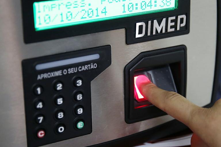 Câmara inicia o controle por biometria ainda em outubro