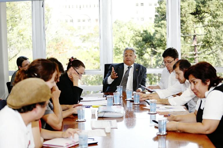 Câmara negocia emendas ao plano de carreira do magistério
