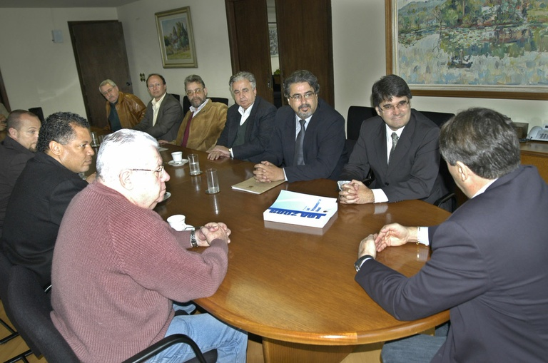 Câmara recebe projeto da Lei Orçamentária para 2009