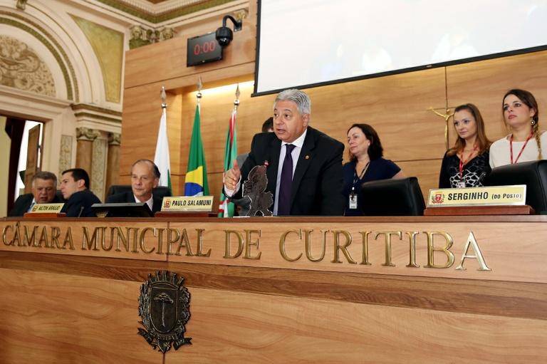 Câmara recebe três prêmios do jornalismo paranaense