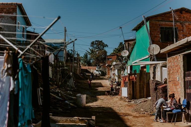 CMC analisa criação de programa a famílias de baixa renda de Curitiba