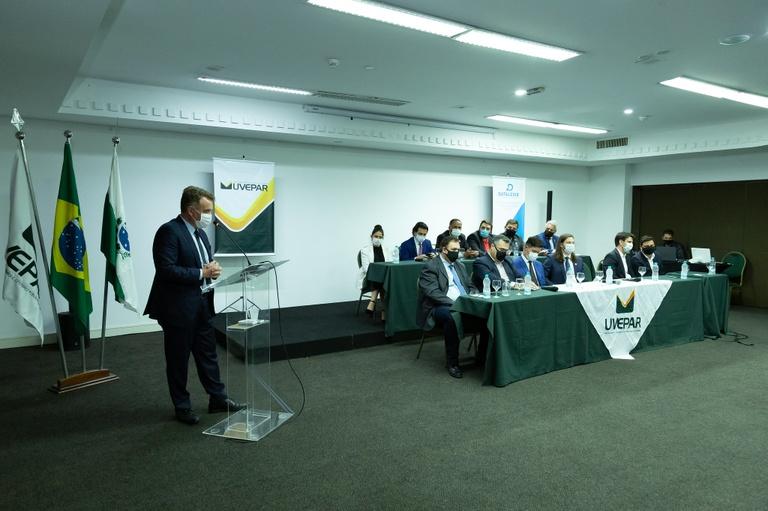 CMC tem participação ativa em congresso de fortalecimento do Legislativo