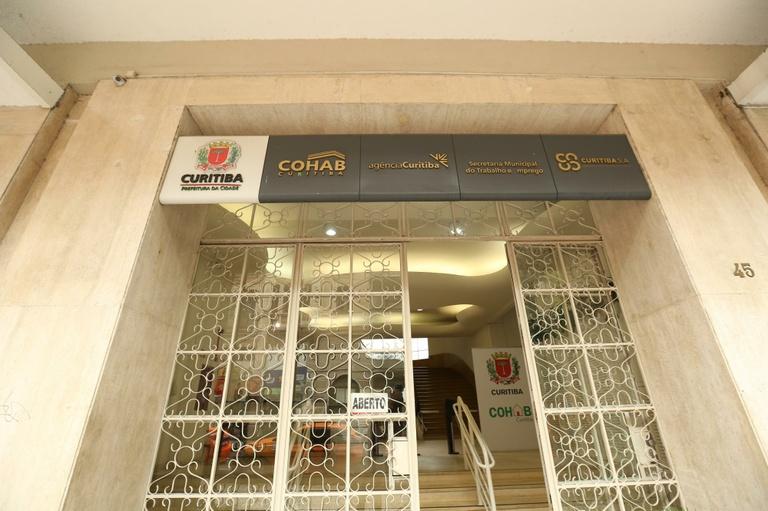 Cohab pode ser autorizada a ceder  imóveis para igrejas e associações