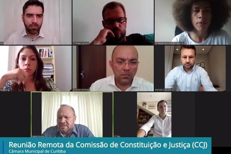 Com aval da CCJ, PPP da iluminação pública avança em Curitiba