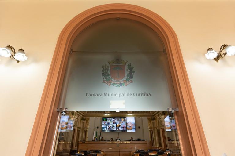 Com emendas, vereadores ampliam em R$ 31,4 mi políticas públicas de Curitiba