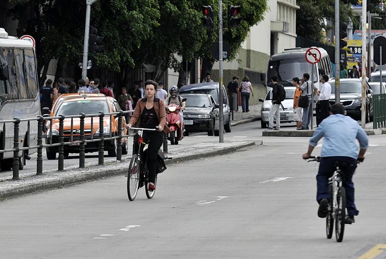 Comissão debate projeto de iniciativa popular para criar Lei da Bicicleta