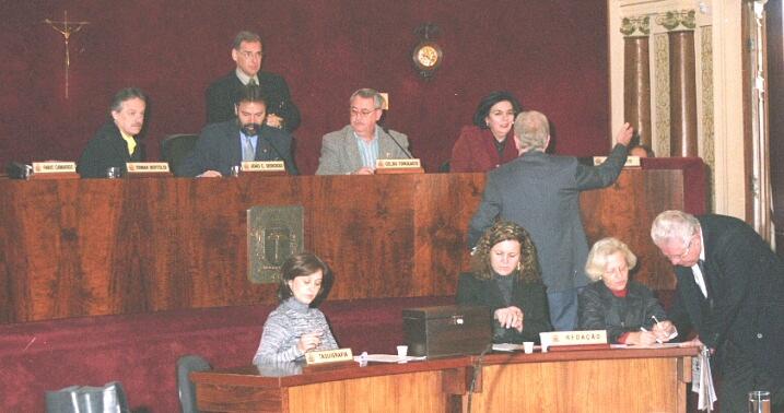 Derosso reabre trabalhos na Câmara Municipal
