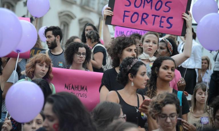 Dossiê das Mulheres, projeto da Agenda Marielle Franco, tramita na CMC