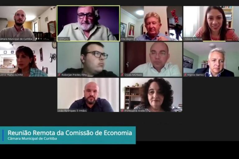 Economia quer audiência pública para debater PPP da iluminação em Curitiba