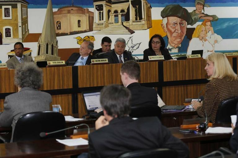 Emendas coletivas priorizam saúde e assistência social em 2014
