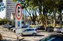 Garantia de vagas de estacionamento a autistas na pauta de terça