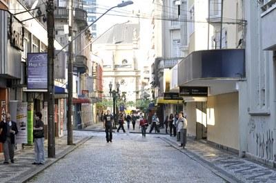 """As """"casinhas"""" na altura da rua Saldanha Marinho foram o primeiro conceito de mercado da Vila. (Foto – Anderson Tozato)"""