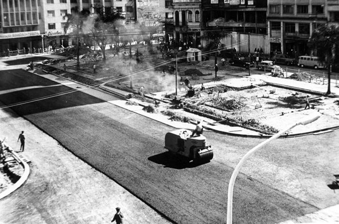 Praça Zacarias em 1976