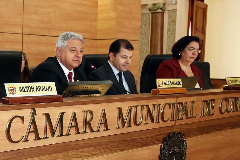 Instituto Pró-Cidadania recebe homenagem na Câmara Municipal