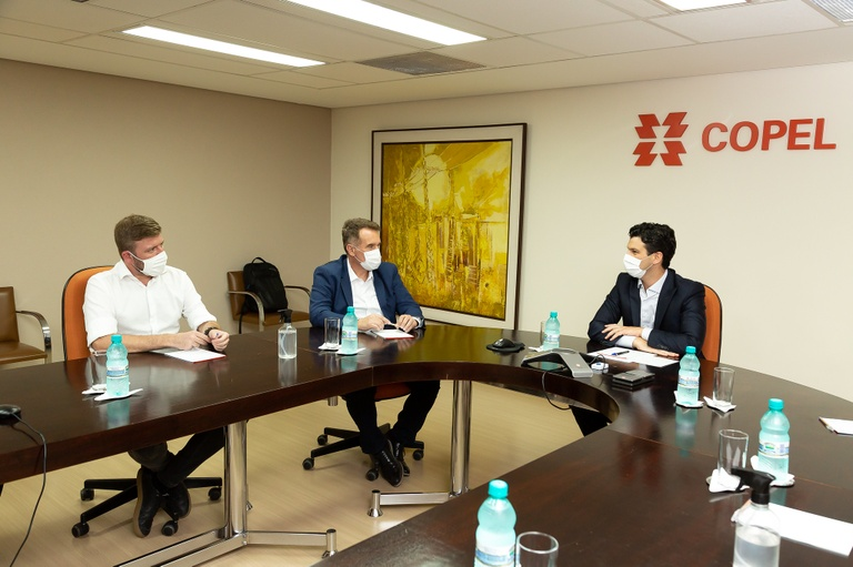 Mesa Diretora da CMC faz visita institucional à Copel