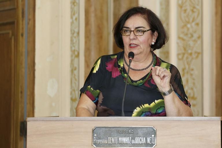 Na LOA 2015, Julieta destina R$ 434 mil para asfaltar ruas