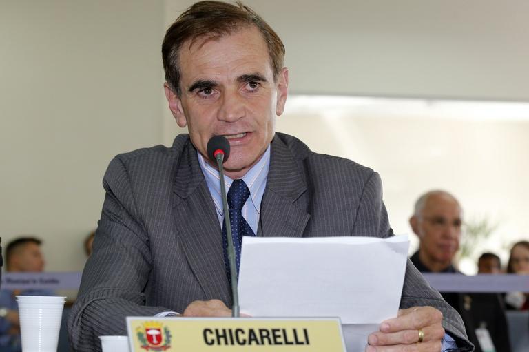 Nos Bairros: Chicarelli pede limpeza e manutenção em vias e áreas públicas