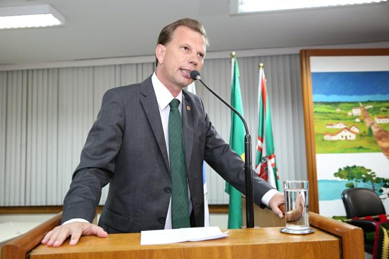 Nos Bairros: Vereadores pedem reformas em delegacia e módulos policiais