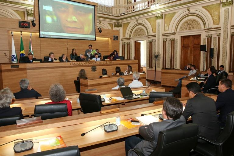Notas de Plenário - Sessão ordinária de 12 de novembro