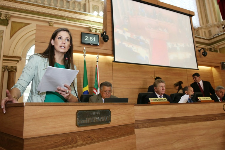Notas de Plenário - Sessão ordinária de 13 de outubro