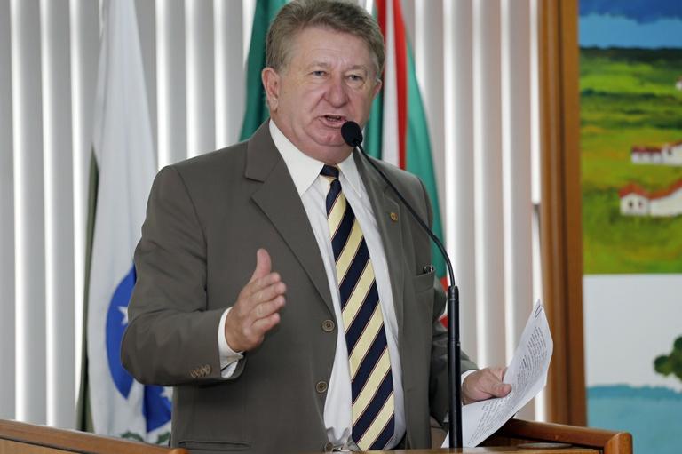 Notas de Plenário - Sessão Ordinária de 22 de Outubro