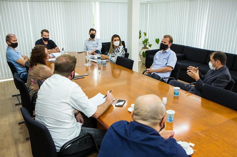Nova Mesa Diretora se reúne e avalia enfrentamento da pandemia na CMC