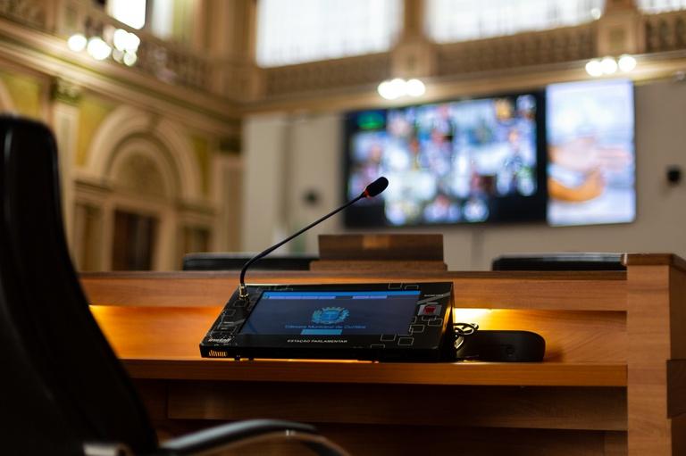 Pandemia: plenário debate reabertura  de buffets e casas de festas