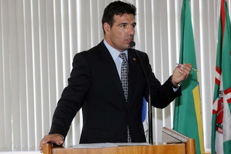 Paulo Rink destina R$ 285 mil em emendas individuais à LOA 2014