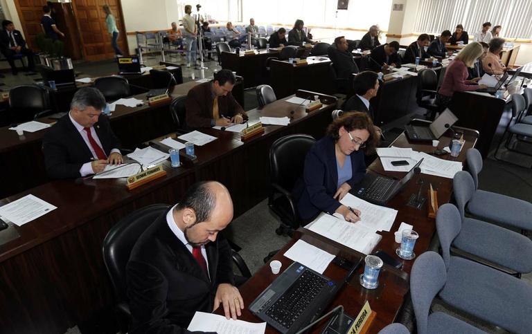 Plenário acata crédito de R$ 7,7 milhões para obras da Copa