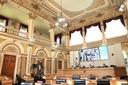 Plenário mantém veto total à contratação prioritária de MEIs