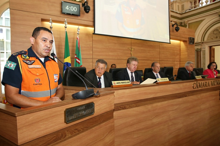 """Programa de prevenção """"Defesa Civil na Educação"""" será lei em Curitiba"""
