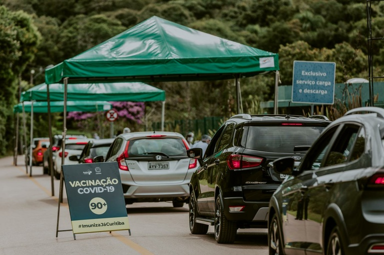Projeto de vereador autoriza adesão de Curitiba a consórcio da vacina