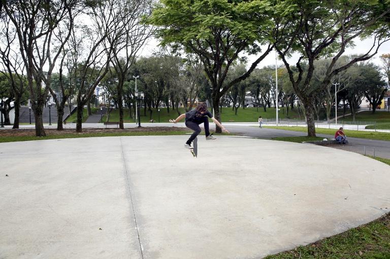 Requerimento cobra pista de skate da praça Afonso Botelho