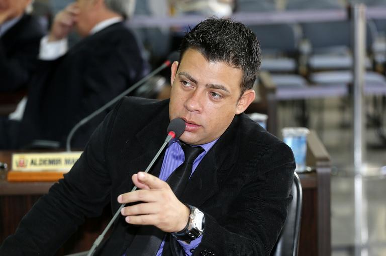 Rogério Campos sugere módulos da Guarda em todos os terminais