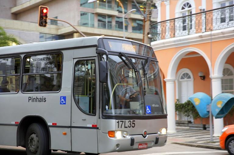 Sancionada lei para divulgação do horário dos ônibus