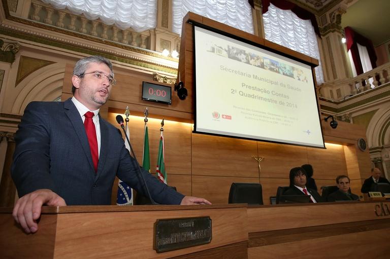 Secretário presta conta dos investimentos na saúde da capital