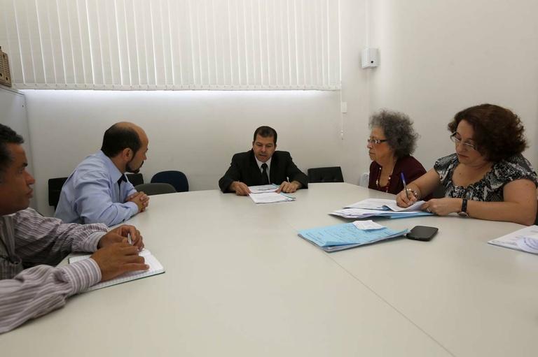 Serviço Público discute projetos com movimentos sociais
