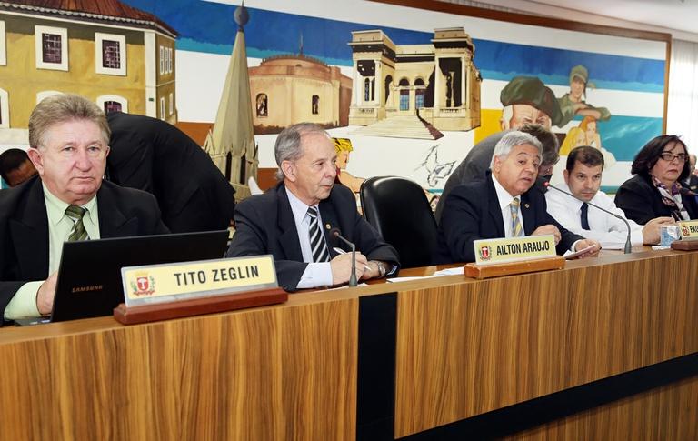 Tito Zeglin preside reinício das sessões legislativas nesta segunda-feira