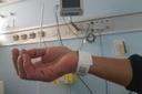 Uso de pulseiras com QR Code por idosos e PcDs retorna à pauta na terça