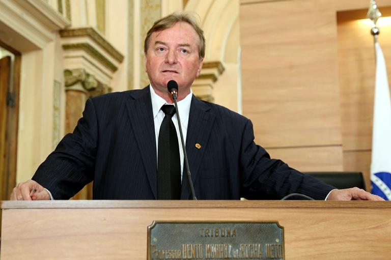 Vereadores aprovam medidas contra violência obstétrica