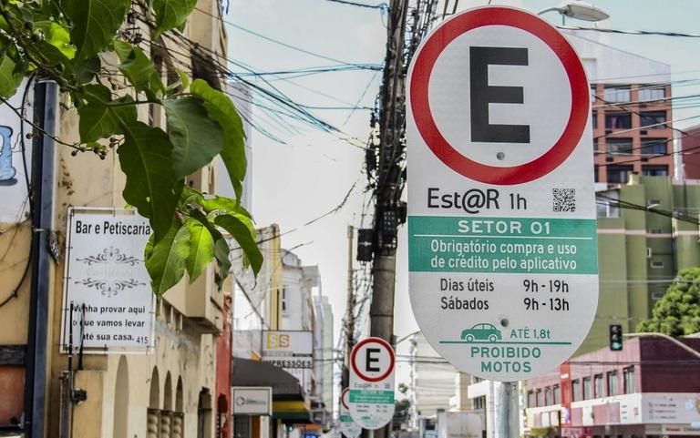 Vereadores de Curitiba querem volta do prazo para regularizar EstaR sem multa