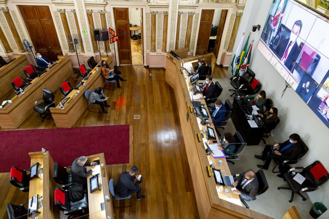 Vereadores debatem Reforma da Previdência com sindicatos e o IPMC