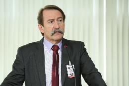 Foto do diretor-geral da Câmara de Curitiba, Daniel Dallagnol